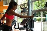 Izabel Goulart cardio training